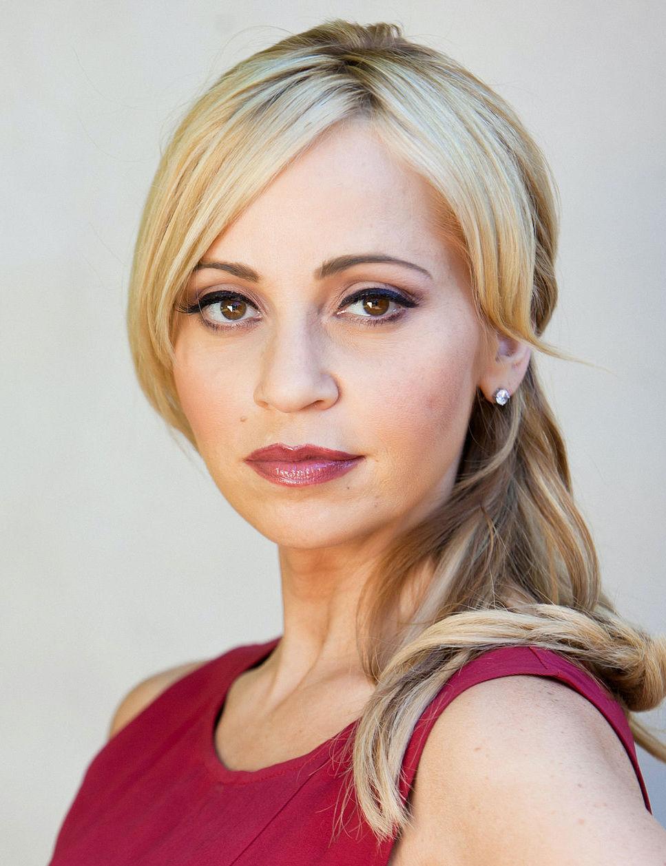 Photo of Tara Strong