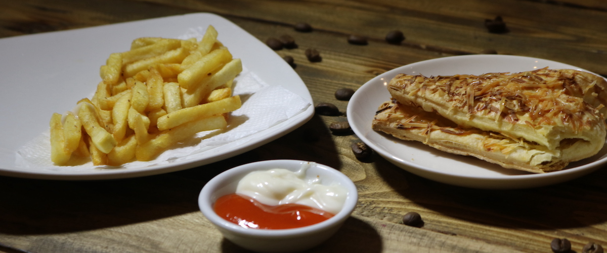 6-second ads: image of French fries , a sandwich, and sauces
