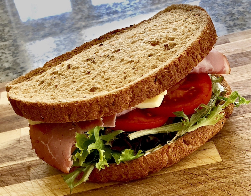 6-second ads: image of a ham, cheese and tomato sandwich