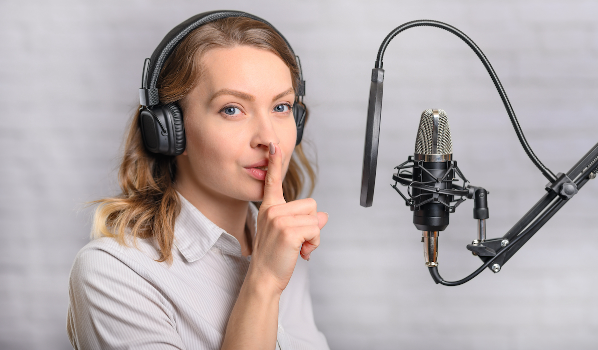 Great voice overs: voice actor in front of a mic