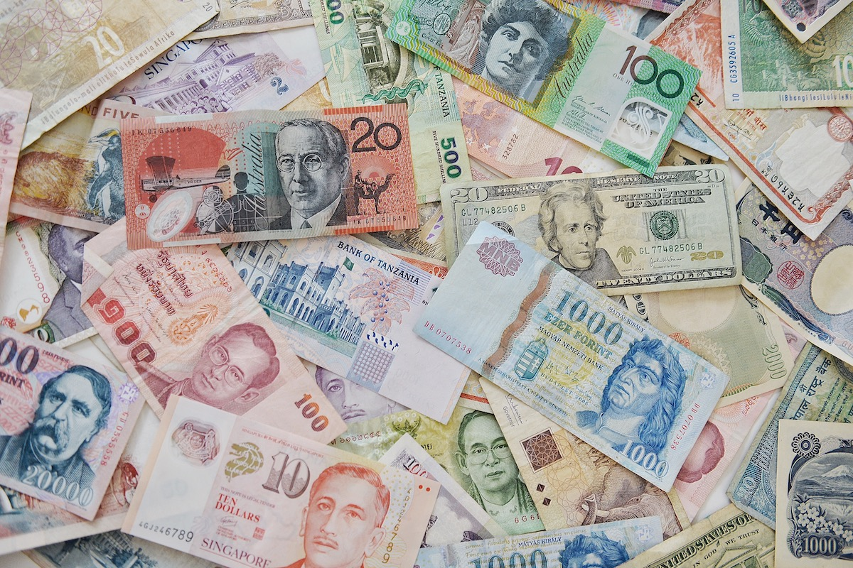Video marketing strategy: image of global currencies