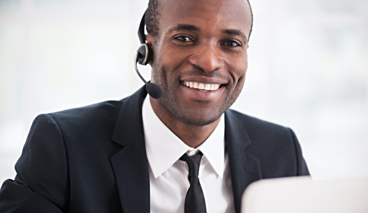 Business stand out: image of a customer service rep talking to a customer